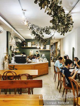 Foto 2 - Interior di Guten Morgen Coffee Lab & Shop oleh Saepul Hidayat