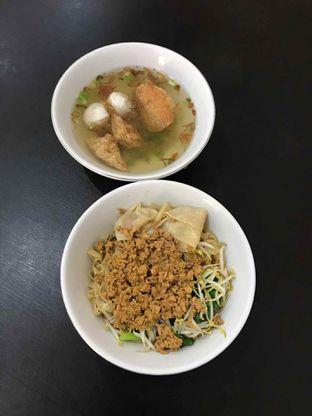 Foto 10 - Makanan di Bakmi Aliang Gg. 14 oleh Riris Hilda