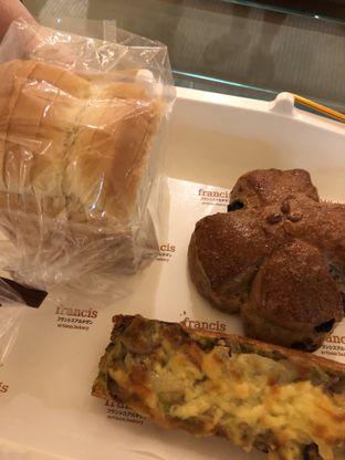 Foto 4 - Makanan di Francis Artisan Bakery oleh Michael Wenadi