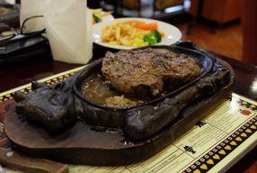 Foto Gandy Steak House & Bakery