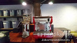 Foto 13 - Interior di Kopi Boutique oleh Jakartarandomeats