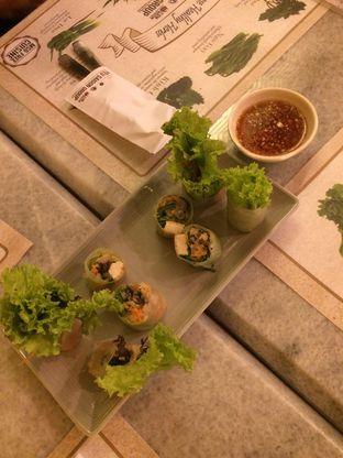 Foto 1 - Makanan(Goi Chuon Chay) di Madame Mai oleh Elvira Sutanto