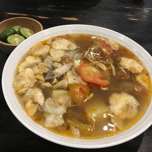 Foto 2 - Makanan(Soto mie) di Soto Betawi Nyonya Afung oleh Ria