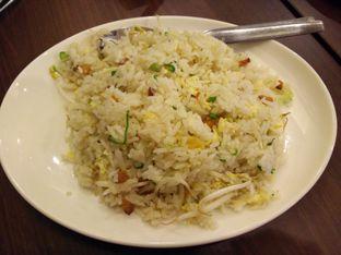 Foto 3 - Makanan(Nasi goreng ikan asin) di Ta Wan oleh thomas muliawan