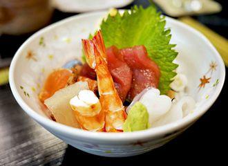5 Restoran Sushi Khas Jepang yang Autentik