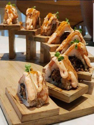 Foto 1 - Makanan di Kura Sushi oleh heiyika