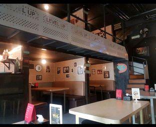 Foto 2 - Interior di Level Up Cafe oleh Lid wen