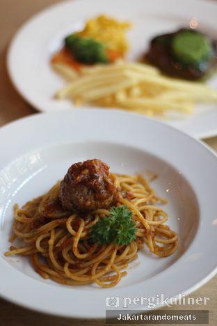 Foto 4 - Makanan di VIN+ Wine & Beyond oleh Jakartarandomeats