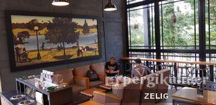 Foto review Starbucks Coffee oleh @teddyzelig  4