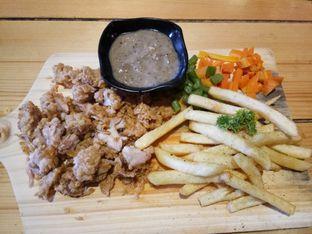 Foto 3 - Makanan di Kandang Ayam oleh Henie Herliani