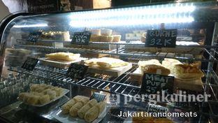 Foto 7 - Interior di Kopi Boutique oleh Jakartarandomeats