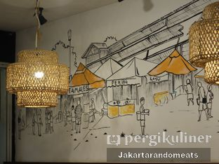 Foto 7 - Interior di Pak Qomar - Bebek & Ayam Goreng oleh Jakartarandomeats