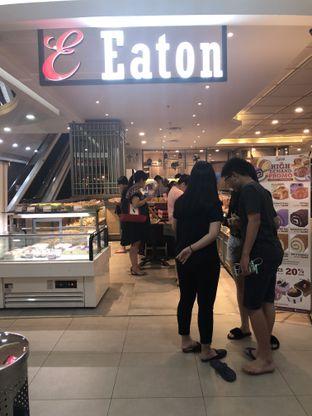 Foto 3 - Interior di Eaton Bakery and Restaurant oleh Nanakoot