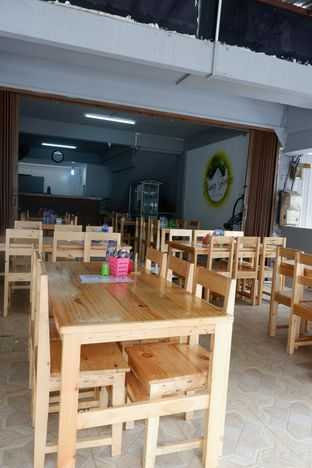 Foto 3 - Interior di Namy House Vegetarian oleh perutkarets