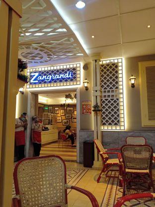 Foto 3 - Interior di Zangrandi Ice Cream oleh Dwi Izaldi