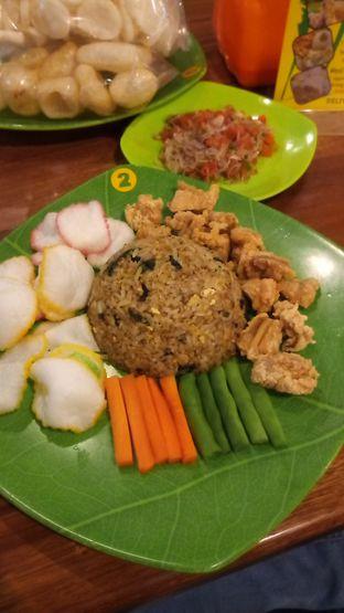 Foto 1 - Makanan(Nasi goreng bistik sambal matah) di Nasi Goreng Bistik Sawah Kurung oleh Chris Chan