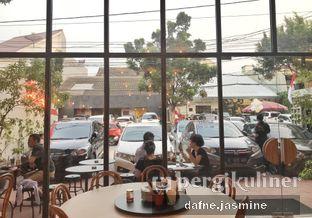 Foto review Ling Ling Dim Sum & Tea House oleh Dafne  Jasmine 6