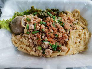 Foto - Makanan(Mie Bakwan) di San San Pangsit Mie oleh Florentine Lin