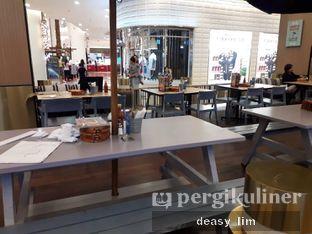 Foto 11 - Interior di Fish & Co. oleh Deasy Lim
