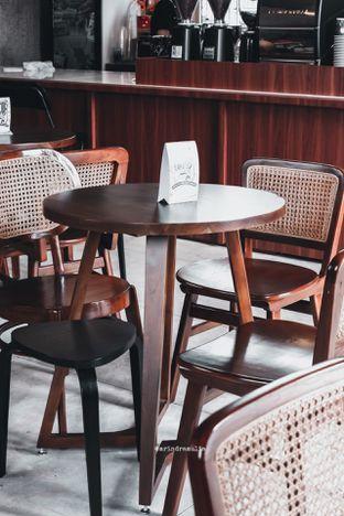 Foto 18 - Interior di Roast Coffee oleh Indra Mulia