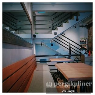 Foto 2 - Interior di Dancing Goat Coffee Co. oleh Eki Ayu || @eatmirer