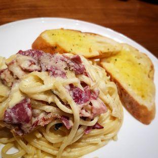 Foto - Makanan(Truffle Linguine Carbonara) di Lewis & Carroll Tea oleh Eric  @ericfoodreview