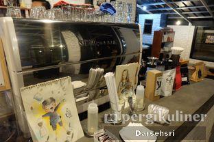 Foto 12 - Interior di Klasik Coffee oleh Darsehsri Handayani