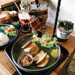 Foto 8 - Makanan di Kona Koffie & Eatery oleh Della Ayu