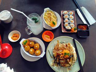 Foto 1 - Makanan(Bitter ballen, okonomiyaki, sushi, pasta, ais limau malaysia) di Rumah Lezat Simplisio oleh Nabila