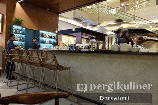 Foto 6 - Interior di The Goods Cafe oleh Darsehsri Handayani