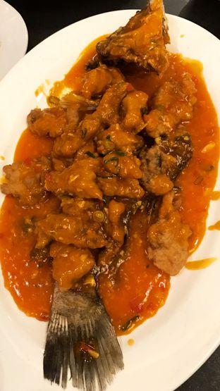 Foto 2 - Makanan(Ikan Kakap Saus Asam Manis) di X.O Suki & Cuisine oleh Riris Hilda