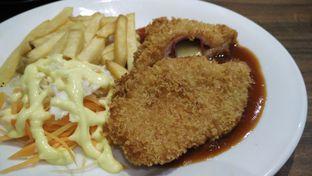 Foto 1 - Makanan di Eat Boss oleh Shabira Alfath