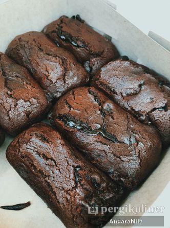 Foto Makanan di Kue Balok Brownies Mahkota