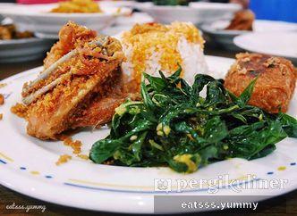 Foto Makanan di RM Sederhana Padang