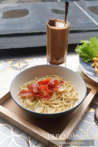 Foto 2 - Makanan(Spaghetti Carbonara) di Dandia Coffee oleh Shella Anastasia