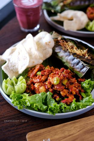 Foto 1 - Makanan di KopiBar oleh Nanakoot