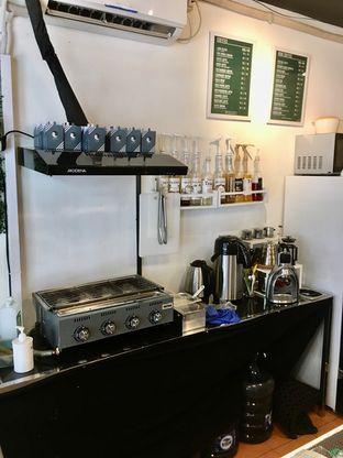 Foto 11 - Interior di Cowcat Coffee & Toast oleh Prido ZH