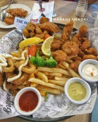 Foto 2 - Makanan di The Manhattan Fish Market oleh @makansamaoki