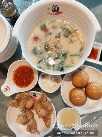 Foto Makanan di Fish Village