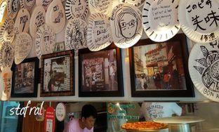 Foto review Pizza Place oleh Stanzazone  4