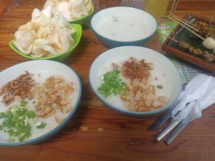 Foto 2 - Makanan di Bubur Ayam Kampung Nyemplung oleh Abizar Ahmad