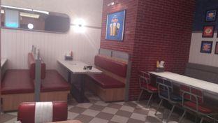 Foto 3 - Interior di Food Days oleh Review Dika & Opik (@go2dika)