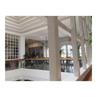 Foto 3 - Interior di Kembang Tandjoeng oleh Dina Ambrukst